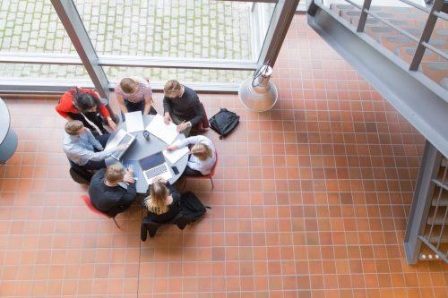 Studenter pluggar på Linnéuniversitetet